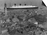 Queen Mary Ship Sailing Past Greenock in 1936 Prints