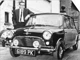 Peter Sellers with His Mini Car, 1963 Affiches
