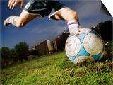 Soccer Player Kicking Ball Kunst af Randy Faris