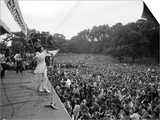Mick Jagger Sings on Stage at Free Rolling Stones Concert in Hyde Park, London Print