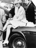 Princess Diana Sitting on Prince Charles Aston Martin Car at Smiths Lawn Windsor Plakater
