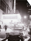 Neon Signs at Night Time on Broadway in New York Affiches