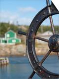 Fisherman's Point, Boat Wheel in Front of Harbor, Twillingate, Newfoundland and Labrador, Canada Kunst af Cindy Miller Hopkins