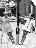 Model Twiggy Seen Here Modelling Mini Dress. July 1967 Prints