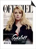 L'Officiel 2005 - Scarlett Johansson Porte un Trench en Soie Noir Pailleté Dior par John Galliano Poster by David Ferma