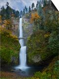 Multnomah Falls, Columbia Gorge, Oregon, USA Art by Gary Luhm