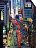 USA, New York, Manhattan, Midtown, Broadway Towards Times Square Posters par Alan Copson
