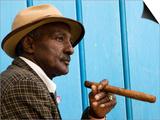 Havana, Cuban Man, Plaza De La Catedral, Havana, Cuba Plakater af Paul Harris