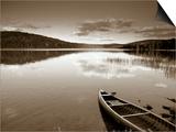 Boat on Lake in New Hampshire, New England, USA Kunstdrucke von Peter Adams