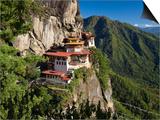 Taktsang Dzong or Tiger's Nest, Built in the 8th Century, Paro, Bhutan Kunstdrucke von Peter Adams