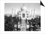 Taj Mahal in Agra, India Photograph - Agra, India Prints
