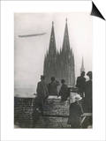 Excited Spectators Watching a Zeppelin Z111 Fly Over Cologne Cathedral Germany Posters