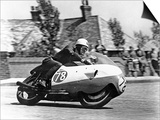 Bob Mcintyre on Gilera 500-4, 1957 Isle of Man Tourist Trophy race Print