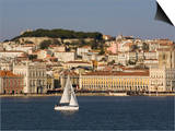 View from River Tagus, Showing Praca Comercio, Castle and Cathedral, Lisbon, Portugal Plakater af Rolf Richardson
