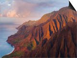 The Fluted Cliffs of the Na Pali Coast at Sunset, Kauai, Hawaii. Posters by Ethan Welty