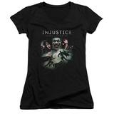 Juniors: Injustice: Gods Among Us - Key Art V-Neck T-shirts