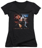 Juniors: Batman Arkham City - Escape Is Impossible V-Neck T-Shirt