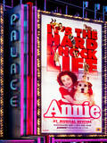 Billboard of Annie The Musical at the Palace Theatre on Broadway and Times Square at Night Reproduction photographique par Philippe Hugonnard