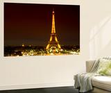 Wall Mural - The Eiffel Tower at Night - Paris - France Mural por Philippe Hugonnard