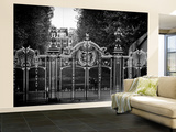 Wall Mural - Gate at Buckingham Palace - Green Park - London - UK - England - United Kingdom Wall Mural – Large by Philippe Hugonnard
