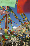 Sacred Mt Kailash and Prayer Flags Fotografisk tryk