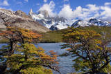 Fitz Roy Massif Mountain Scenery Including Cerro Lámina fotográfica