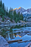 Maroon Bells Mountain and Maroon Lake, Colorado Photographic Print by Alan Copson