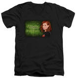 Suburgatory - In Grass V-Neck T-shirts