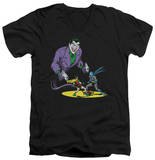 Batman - Detective No. 69 Cover V-Neck T-shirts