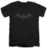 Batman - Hush Logo V-Neck T-Shirt