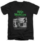 War Of The Worlds - Attack People Poster V-Neck T-Shirt