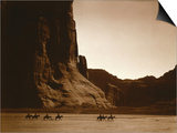 Navajos, Canyon De Chelly, c.1904 Plakater af Edward S. Curtis