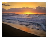 Sunset over Polihale Beach, Kauai, Hawaii Art by Tim Fitzharris