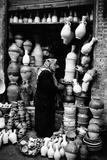 A Vase Seller in Najaf Reproduction photographique par Mario de Biasi