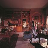 Alberto Sordi in His Villa Reproduction photographique par Mario de Biasi
