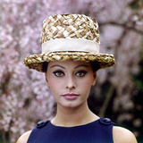 Sophia Loren Wearing a Straw Hat Photographic Print by Mario de Biasi