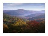 Autumn deciduous forest from the Blue Ridge Parkway, North Carolina Art par Tim Fitzharris