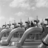 Pipelines at Texaco Oil Refinery Photographic Print by Charles Rotkin