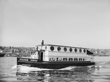 The Silver Swan on Lake Union Photographic Print by Ray Krantz