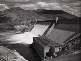 View of Grand Coulee Dam Photographic Print