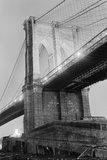 New York's Brooklyn Bridge at Night Reproduction photographique par Philip Gendreau