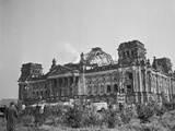 Exterior View of the Reichstag Building Photographic Print by Erhard Rogge