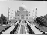 Front View of Taj Mahal in India Photographic Print