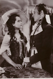 Leslie Howard and Merle Oberon in the Scarlet Pimpernel Photographic Print
