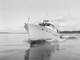 Bow of the Blue Heron Yacht Photographic Print by Ray Krantz
