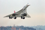 Concorde Supersonic Airliner Landing at Airport Fotografie-Druck