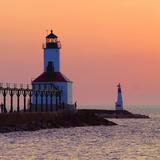 Indiana Dunes lighthouse at sunset, Indiana Dunes, Indiana, USA Photographie par Anna Miller