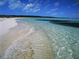Bahamas. Pristine Beach Impressão fotográfica por Kent Foster