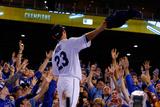 ALCS - Baltimore Orioles v Kansas City Royals - Game Four Photographic Print by Ed Zurga