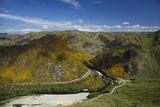 David Wall - Taieri Gorge Train and Taieri River, Hindon, South Island, New Zealand - Fotografik Baskı